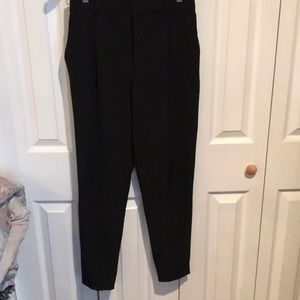 UNIQLO- black crop pants small comfortable fit